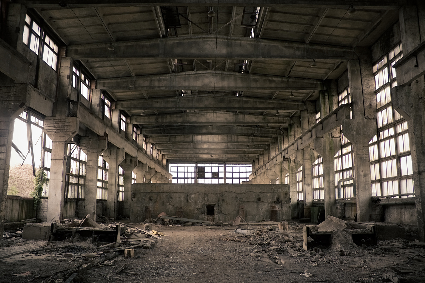 Urban Exploration – Hidden dangers of Asbestos